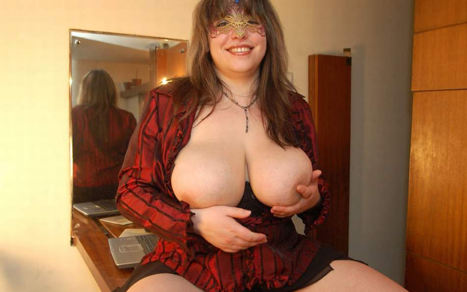 Horny mature amateur ladies