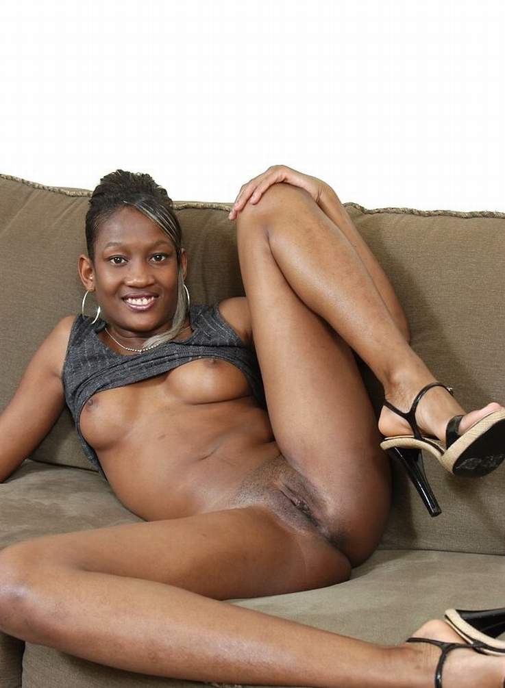Black woman oral sex