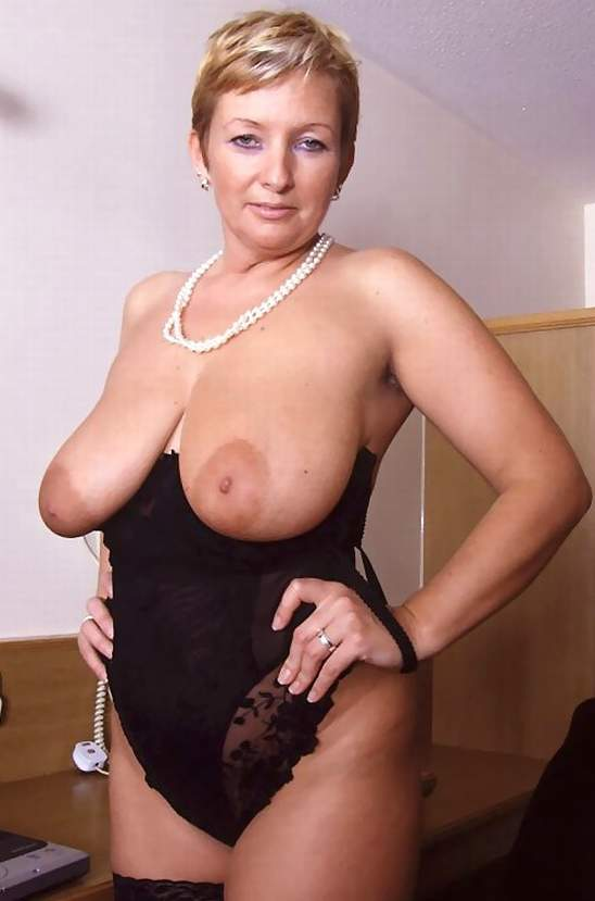 Free mature ladies galleries