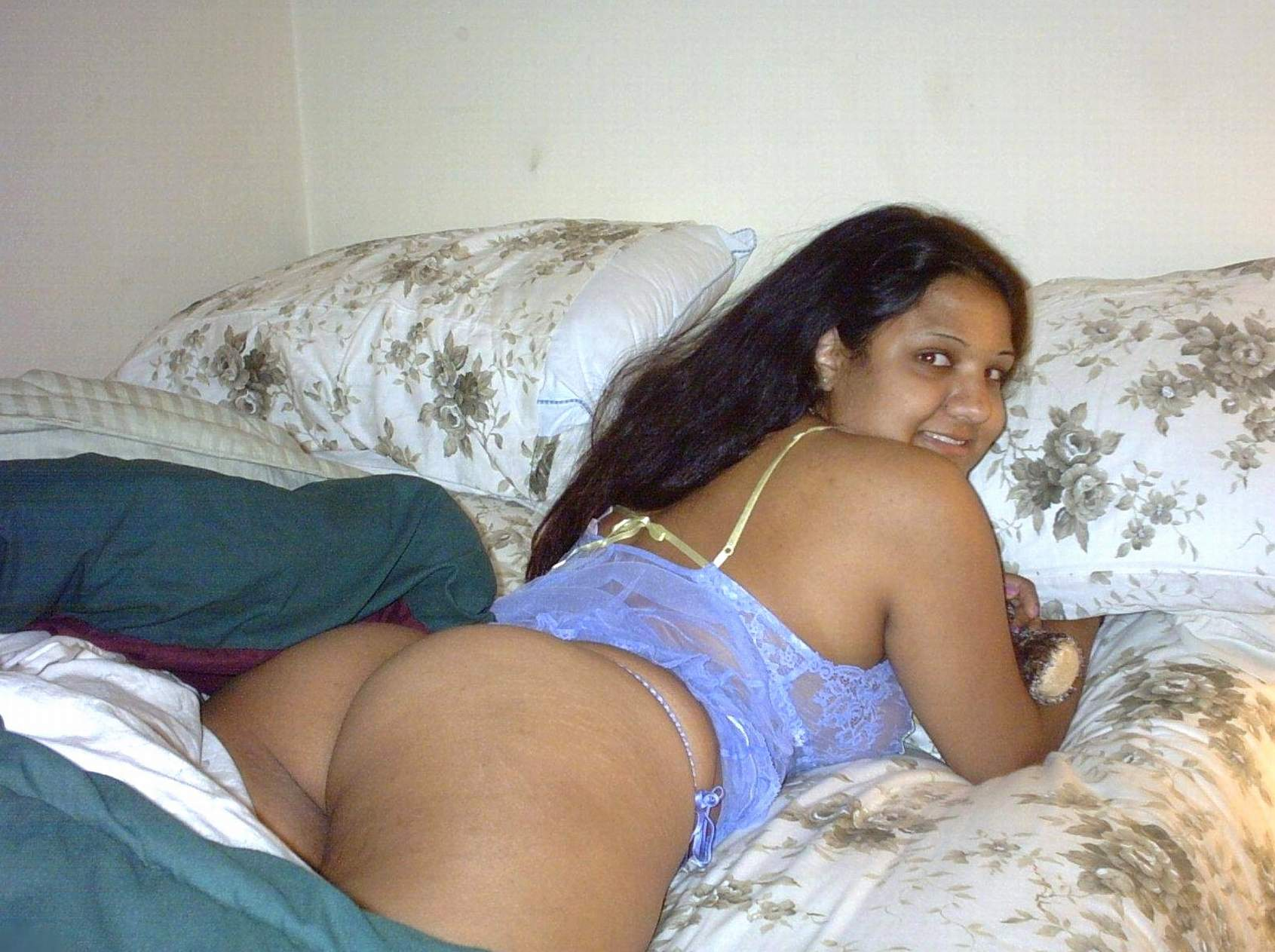 Full nude indian women