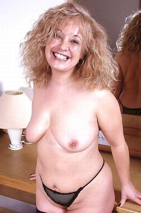 Mature naked women photo gallery #3