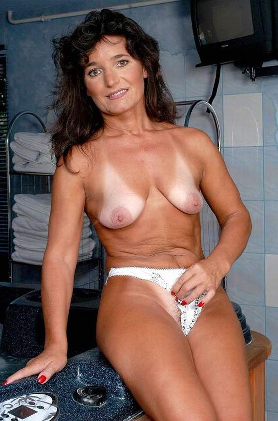 old nudes best mature women