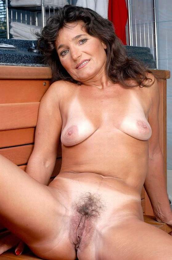Mature Porn Picture Galleries