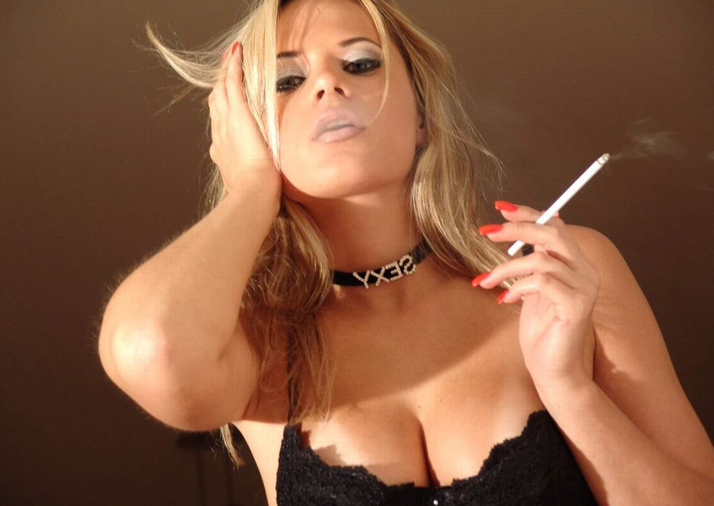 Smoking sex free video clips