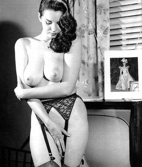 God knows! Erotic vintage pics