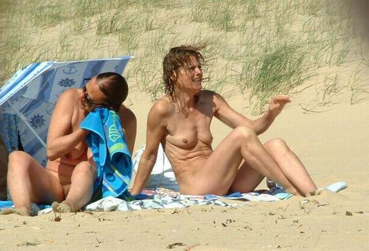 jennifer lopez nude beach