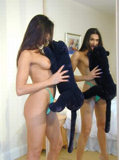 Skinny young ebony nude