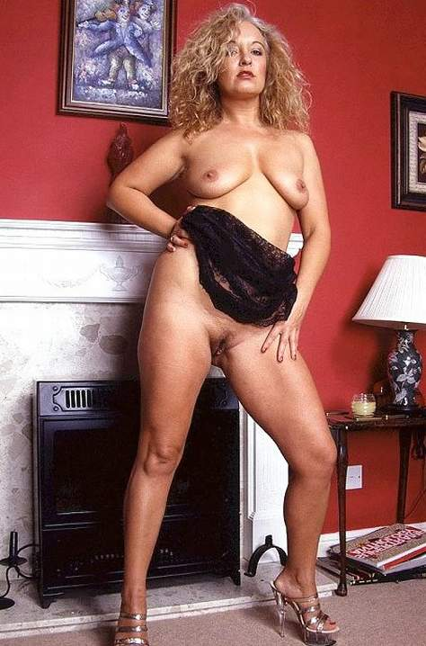 mature women sex in girdles